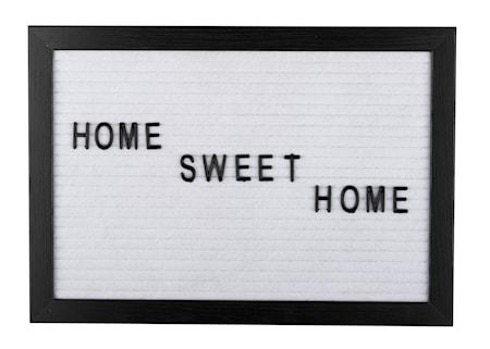 Bilde av Bokstavtavle svart ramme hvit filt 21 x 30,1 x 1,8 cm