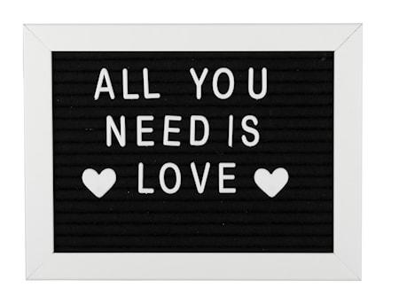 Bilde av Bokstavtavle hvit ramme svart filt 16,2 x 21,3 x 2 cm
