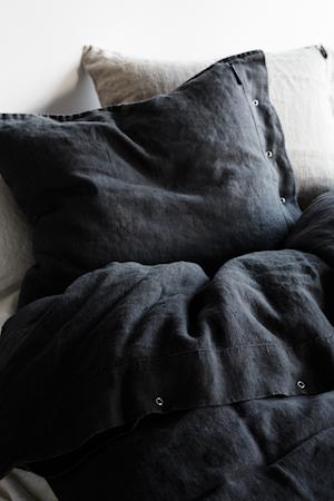 Bilde av Lovely Linen by Kardelen Lovely linen putetrekk – Dark grey