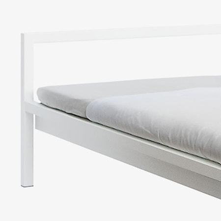 Pure bed Sängram Vit