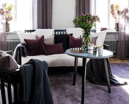 Allinwood Ledigt liv soffa - Svart, vita kuddar