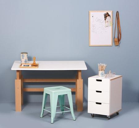 Manis-h Set med höj- & sänkbart skrivbord + hurts - 115