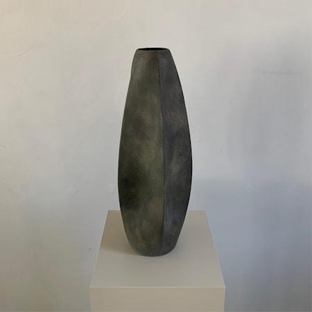 Bilde av Arket Vase Mørkegrå 47cm