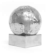 Globus Pussel Silver