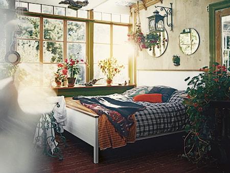 Mavis Emmaboda sängram - Vitlack/oljad ek 180 cm