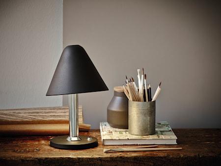 Bild av Herstal Y1944 bordslampa