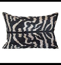 Ikat zebra sammet kuddfodral - 40x60