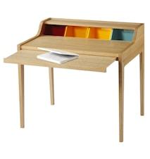 Desk skrivbord