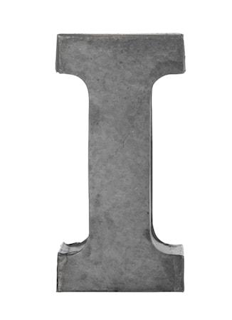 Madam Stoltz Kirjain i 5,5 cm – Sinkki