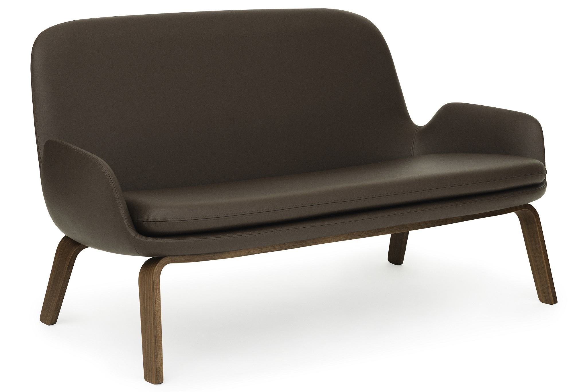 Era sofa walnut