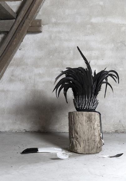 Feather crown L - Svart