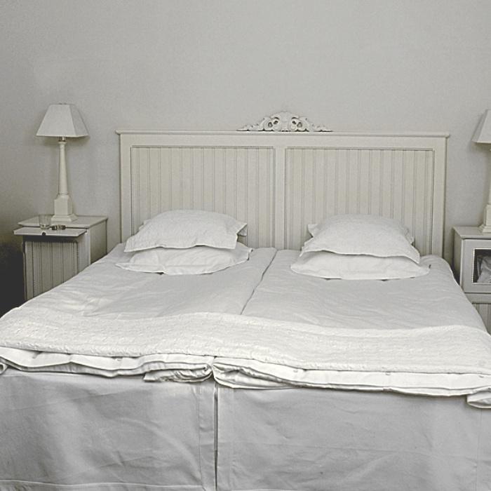 Sänggavlar bygga själv : Sängar med sänggavel under snedtak pias planer tag