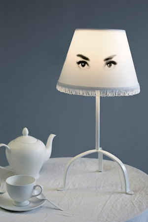 Eye doll audrey bordslampa
