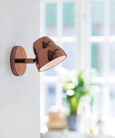 Fico vägglampa - Koppar med strömbrytare
