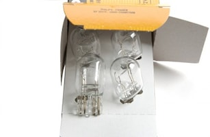 Glödlampa 12V 21/5W W3x16q