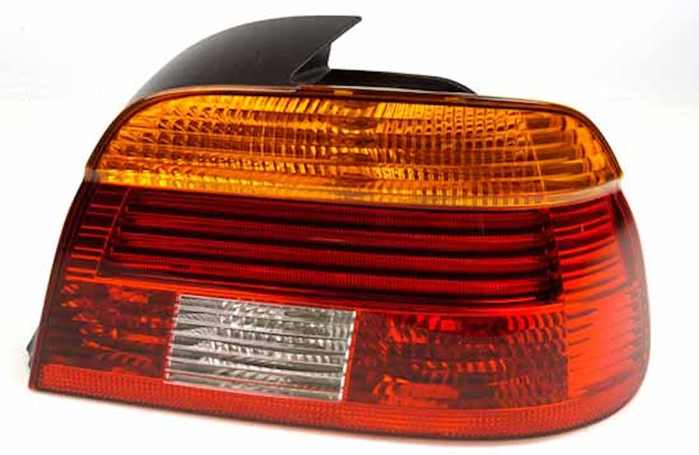 Baklykta hö gul/röd BMW 5-ser