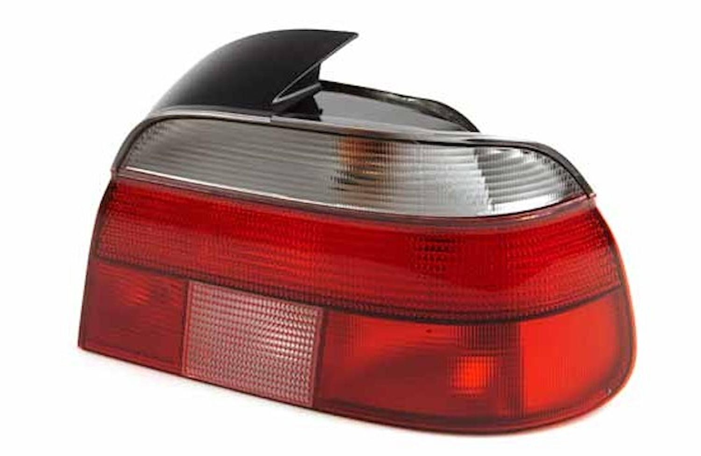 Baklykta hö vit/röd BMW 5-ser