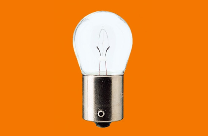 Glödlampa 12V 15W BA15s
