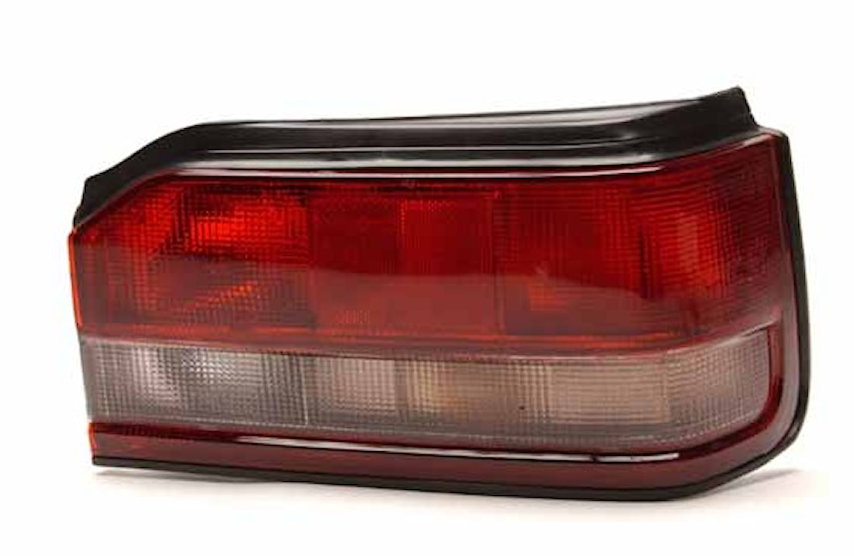 Baklykta hö Mazda 323