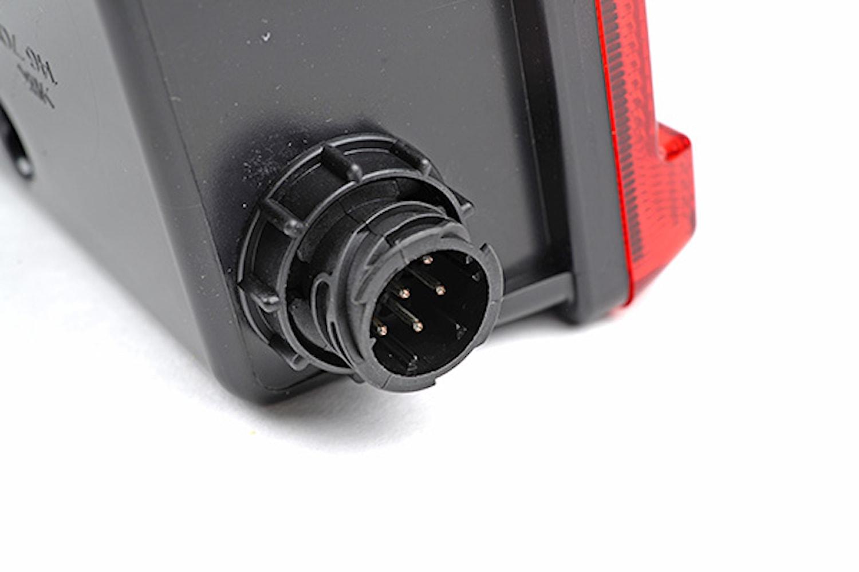 Bakl hö 24V 525x139mm m reflex
