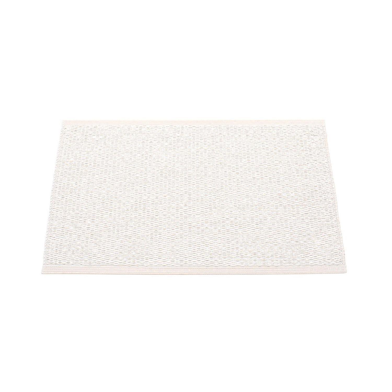 Bilde av Pappelina-Svea Gulvteppe 70x50 cm, Metallic White/White