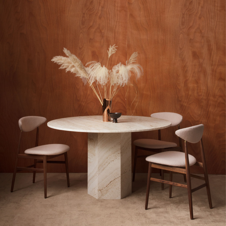 Epic Spisebord Rund Ø 130 cm, White Travertine Gubi @ Rum21.no