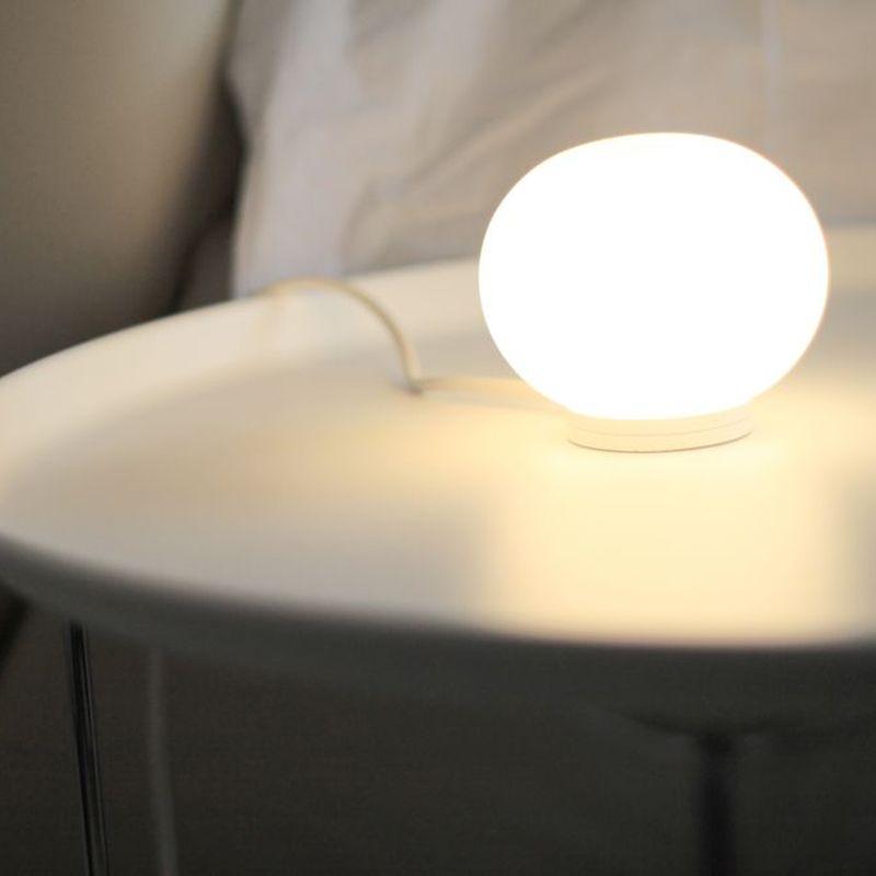 Glo Ball Basic Zero Bordlampe Flos