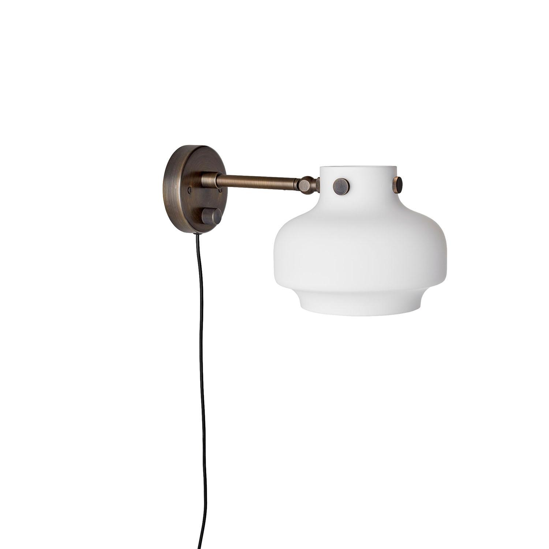 Bilde av &Tradition-Copenhagen Vegglampe Sc16, Opalglass/Bronse